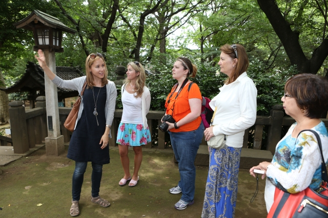 Beginning our tour at Suwa-jinja