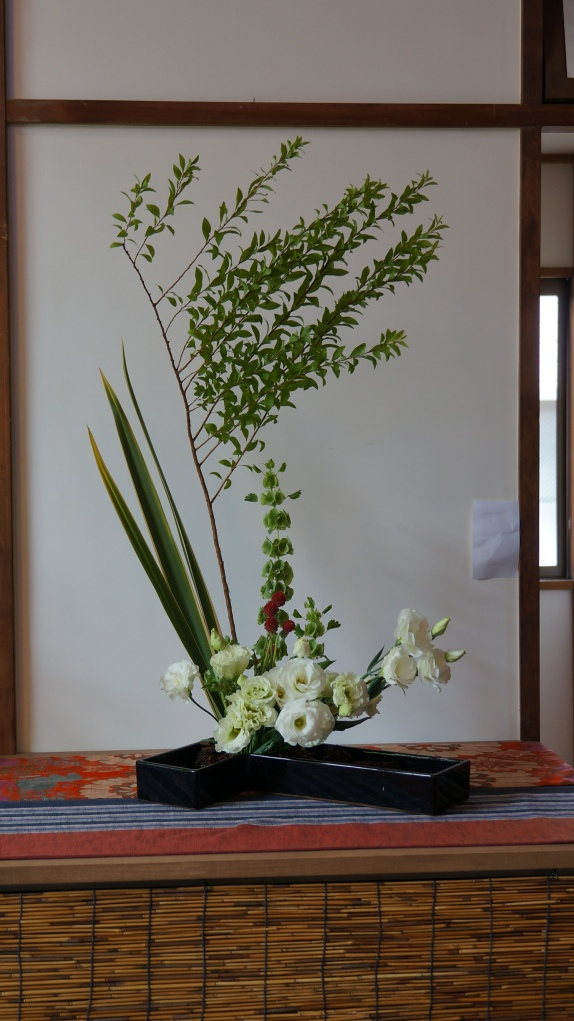 Aibi group Ikebana exhibition 2013-06-08 026